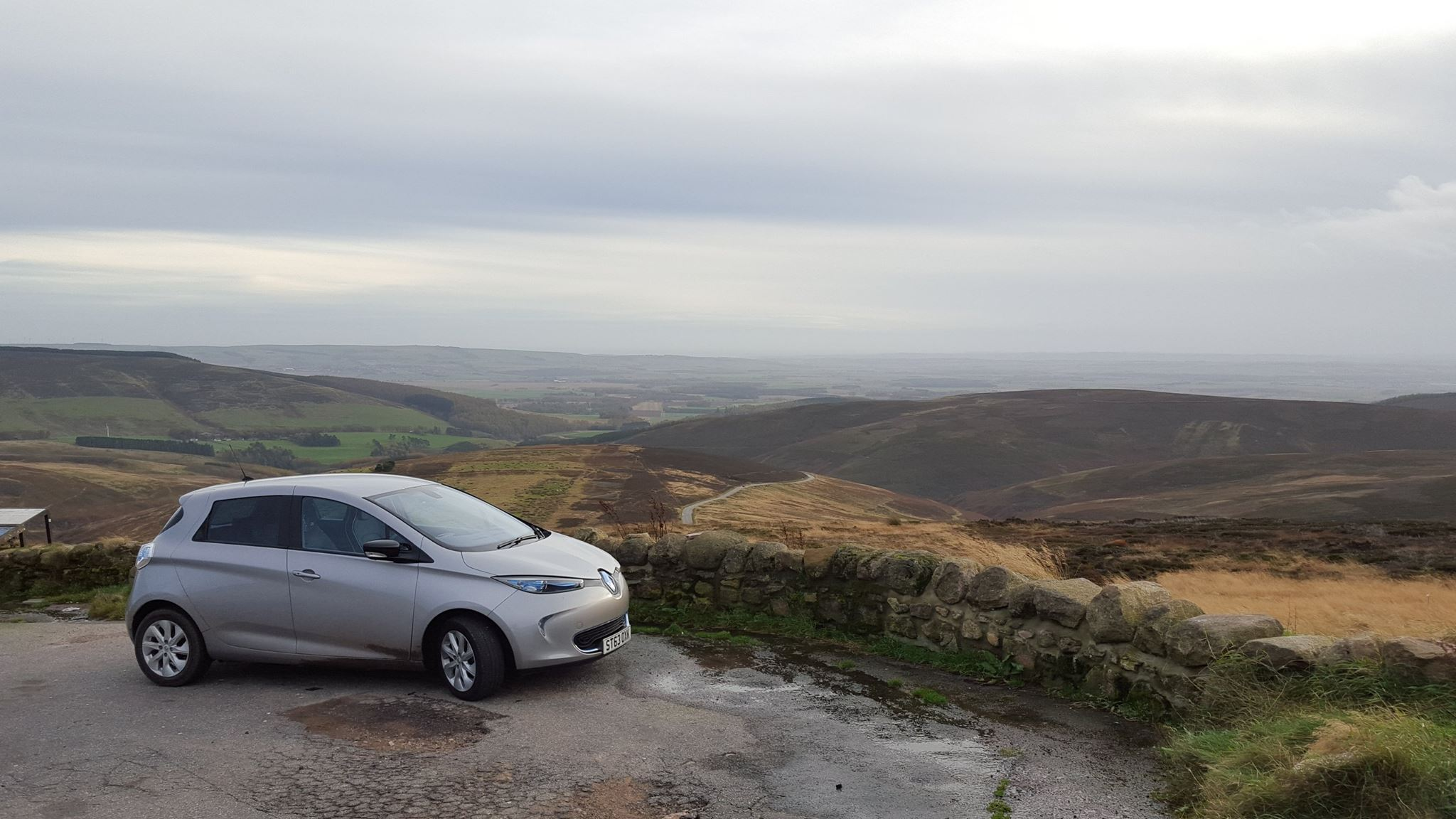 Renault Zoe on Cairn o' Mount